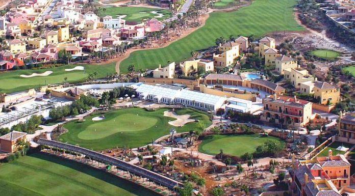Vista aérea del Desert Springs Golf Club