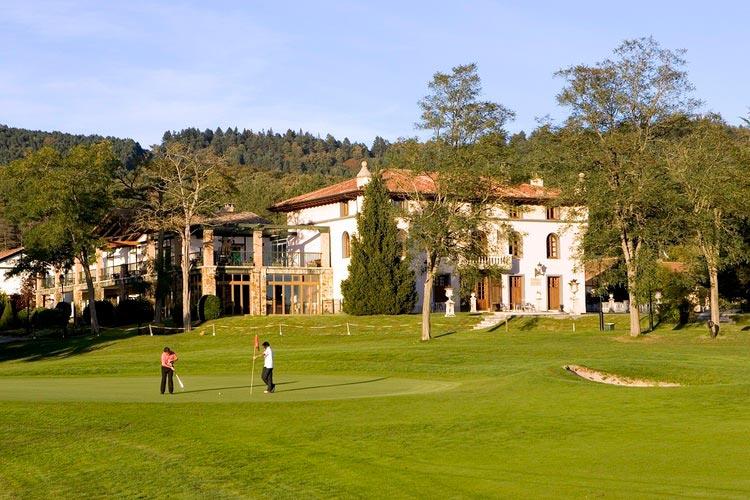 Casa Club - Larrabea Golf