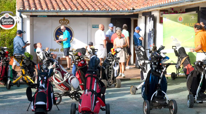 Amigos del Real club de golf Oyambre → MundoGolf.golf