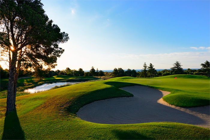 Búnker en el campo de golf Bonmont